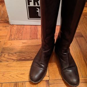 Frye Melissa Button Back Zip